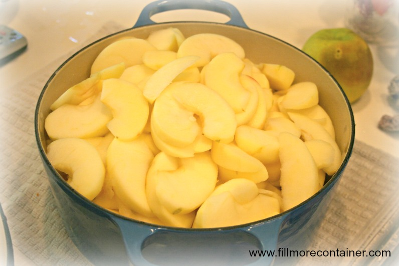 Cooked apple slices